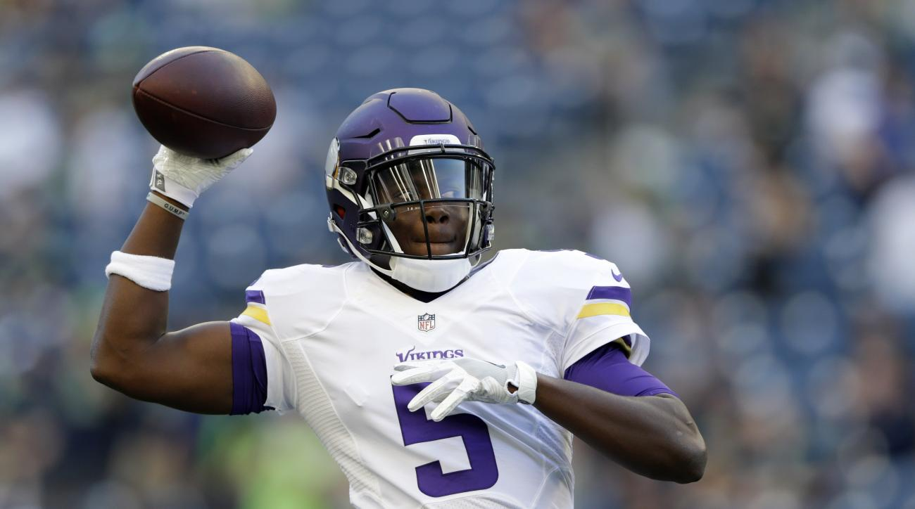 Minnesota Vikings quarterback Teddy Bridgewater warms up for the team's preseason NFL football game against the Seattle Seahawks, Thursday, Aug. 18, 2016, in Seattle. (AP Photo/John Froschauer)