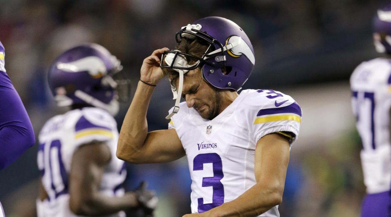 Minnesota Vikings kicker Blair Walsh (3) reacts after he missed a field goal durikng the second half of  the team's preseason NFL football game against the Seattle Seahawks, Thursday, Aug. 18, 2016, in Seattle. (AP Photo/John Froschauer)