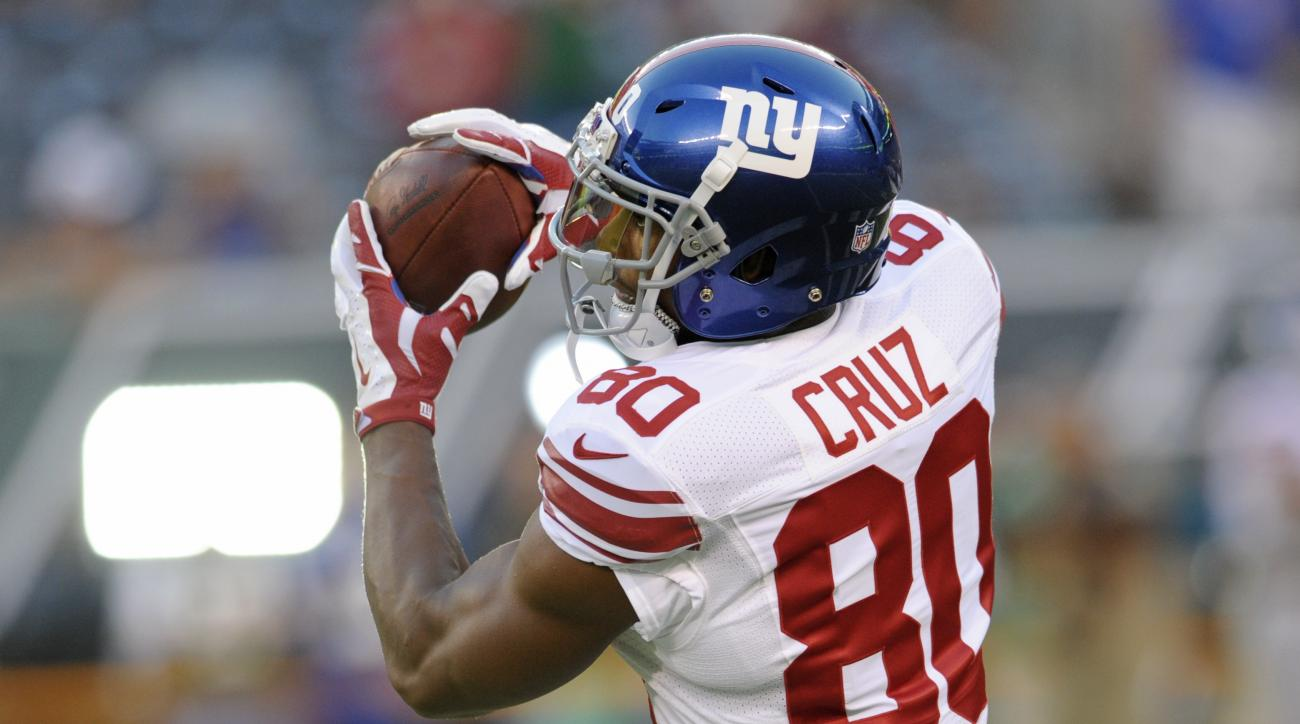 New York Giants wide receiver Victor Cruz (80) catches a pass before an NFL preseason football game against the New York Jets on Saturday, Aug. 27, 2016, in East Rutherford, N.J. (AP Photo/Bill Kostroun)