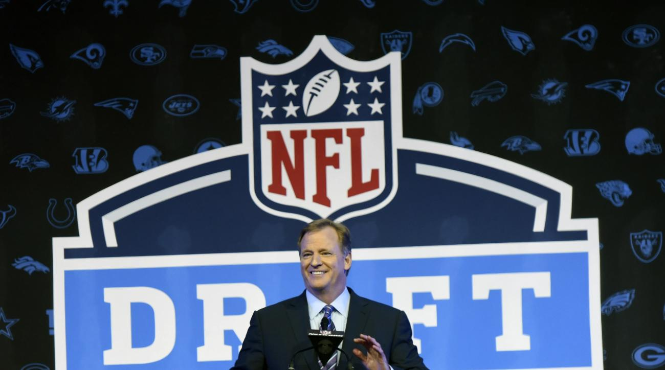 NFL Commissioner Roger Goodell opens the NFL football draft Thursday, April 28, 2016, in Chicago. (AP Photo/Matt Marton)