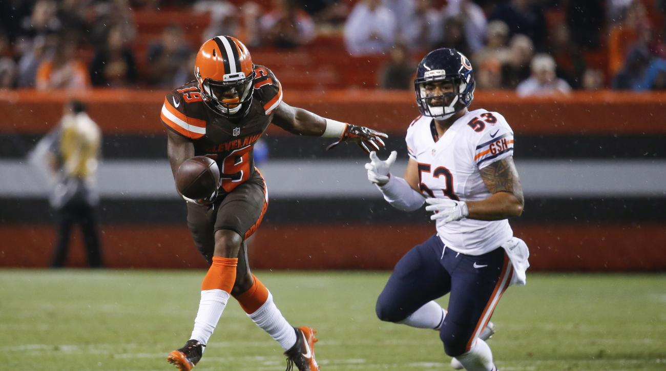 FILE - In this Sept. 1, 2016, file photo, Cleveland Browns wide receiver Corey Coleman (19) can't catch a pass against Chicago Bears inside linebacker John Timu (53) in the first half of an NFL preseason football game in Cleveland. Coleman broke his hand