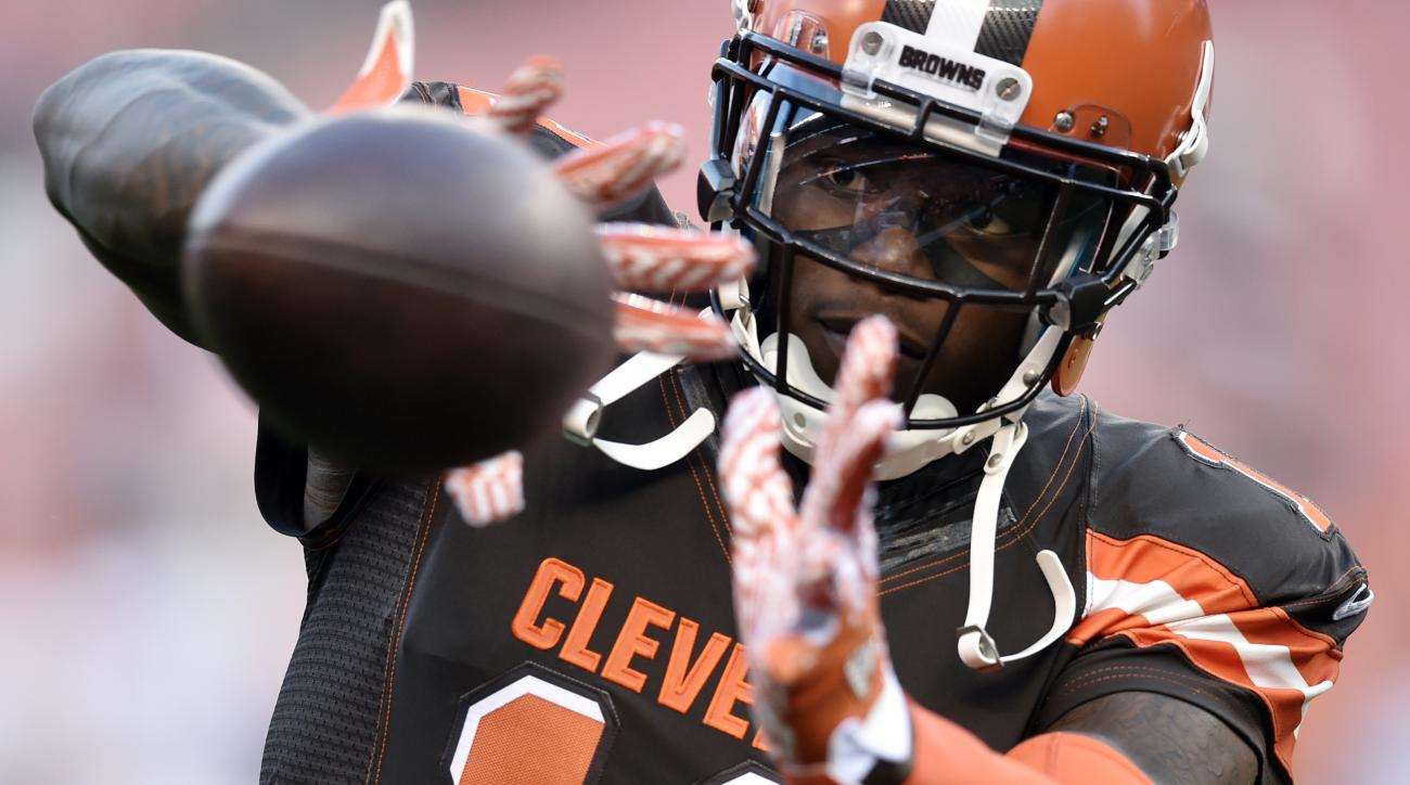 FILE - In this Sept. 1, 2016, file photo, Cleveland Browns wide receiver Josh Gordon catches a pass before an NFL preseason football game against the Chicago Bears in Cleveland. Gordon said in a statement Thursday, Sept 29, 2016, that hes entering a rehab