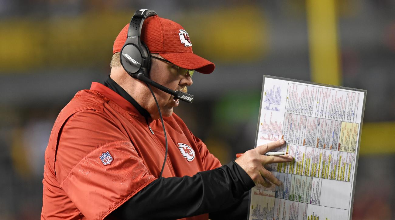 Kansas City Chiefs head coach Andy Reid yells instructions from the sidelines during the first half of an NFL football game against the Pittsburgh Steelers in Pittsburgh, Sunday, Oct. 2, 2016. (AP Photo/Don Wright)