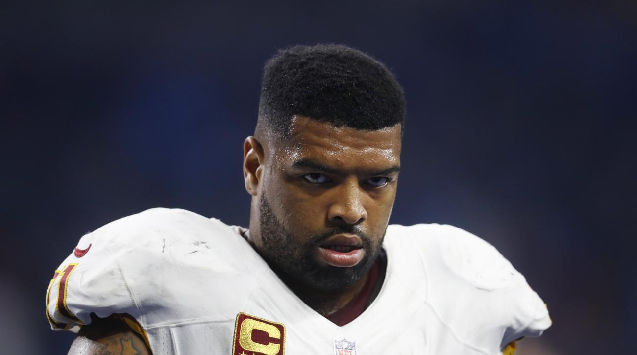 Washington Redskins tackle Trent Williams walks in the bench area during the first half of an NFL football game against the Detroit Lions, Sunday, Oct. 23, 2016 in Detroit. (AP Photo/Paul Sancya)
