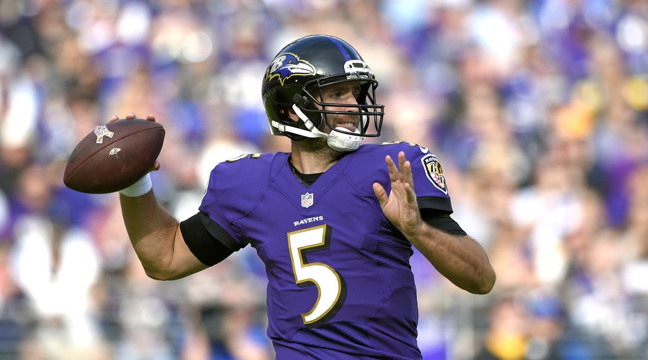Baltimore Ravens quarterback Joe Flacco throws to a receiver in the first half of an NFL football game against the Pittsburgh Steelers, Sunday, Nov. 6, 2016, in Baltimore. (AP Photo/Nick Wass)
