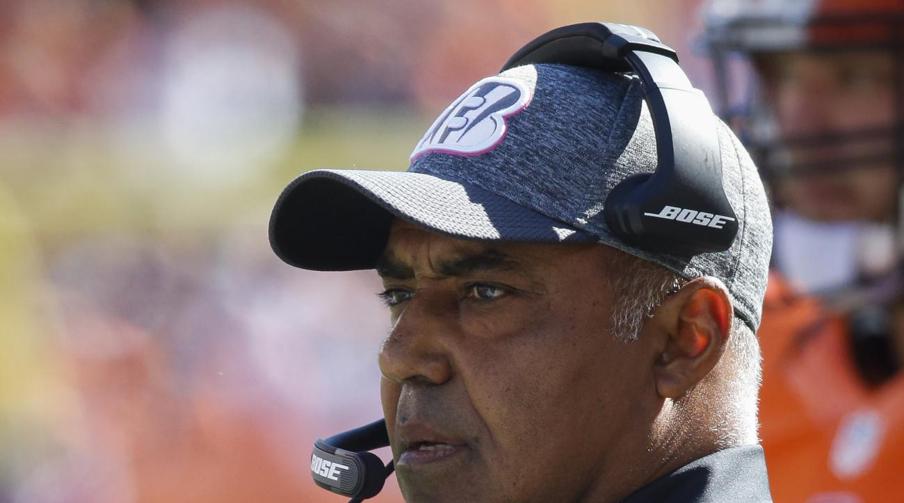 FILE - In this Oct. 23, 2016, file photo, Cincinnati Bengals head coach Marvin Lewis works the sidelines in the first half of an NFL football game against the Cleveland Browns, in Cincinnati. The Buffalo Bills host the Bengals on Sunday. (AP Photo/Frank V