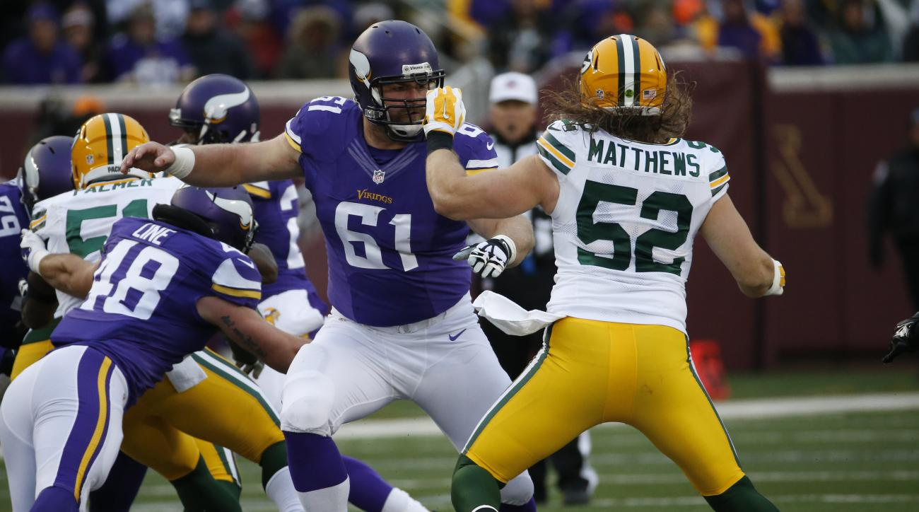 FILE - In this Nov. 22, 2015, file photo, Minnesota Vikings center Joe Berger (61) blocks Green Bay Packers inside linebacker Clay Matthews (52) during the first half of an NFL football game in Minneapolis. The Detroit Lions hosts the Minnesota Vikings in