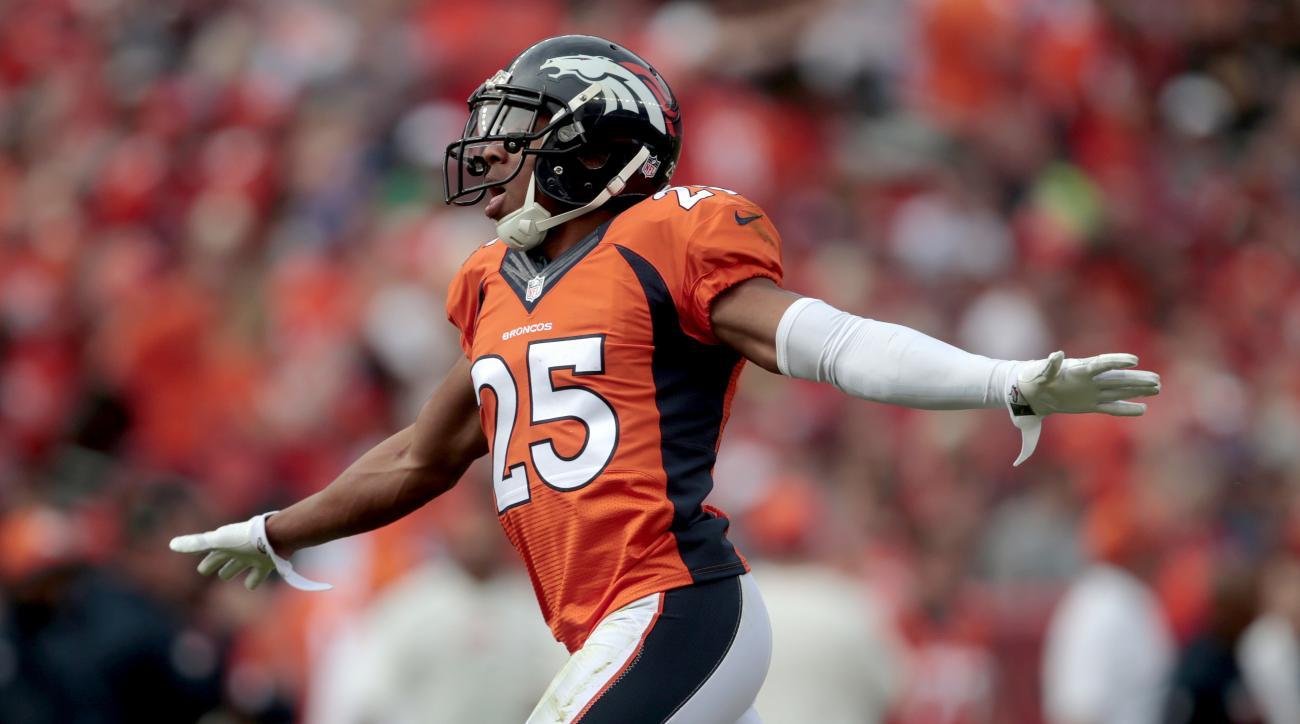 "FILE - In this Oct. 30, 2016 file photo, Denver Broncos cornerback Chris Harris (25) celebrates a defensive stop against the San Diego Chargers during the first half of an NFL football game in Denver.  ""To be 7-3, we're in a great position,"" Harris said a"