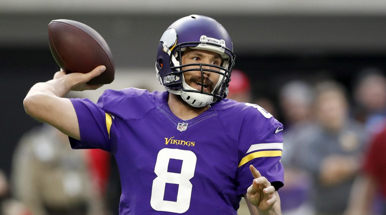 Minnesota Vikings quarterback Sam Bradford throws during the first half of an NFL football game against the Indianapolis Colts Sunday, Dec. 18, 2016, in Minneapolis. (AP Photo/Charlie Neibergall)