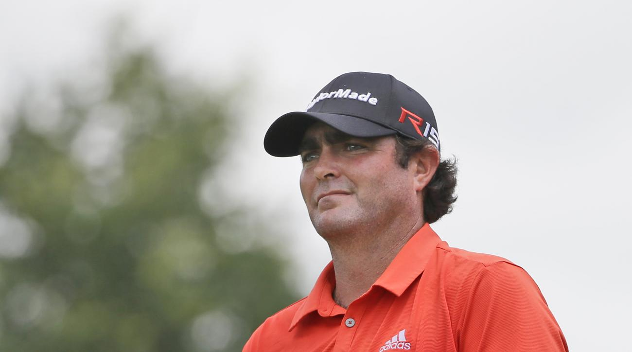 Steven Bowditch prepares for a tee shot on the 16th hole during the first round of the Byron Nelson golf tournament, Thursday, May 28, 2015, in Irving, Texas. (AP Photo/LM Otero)