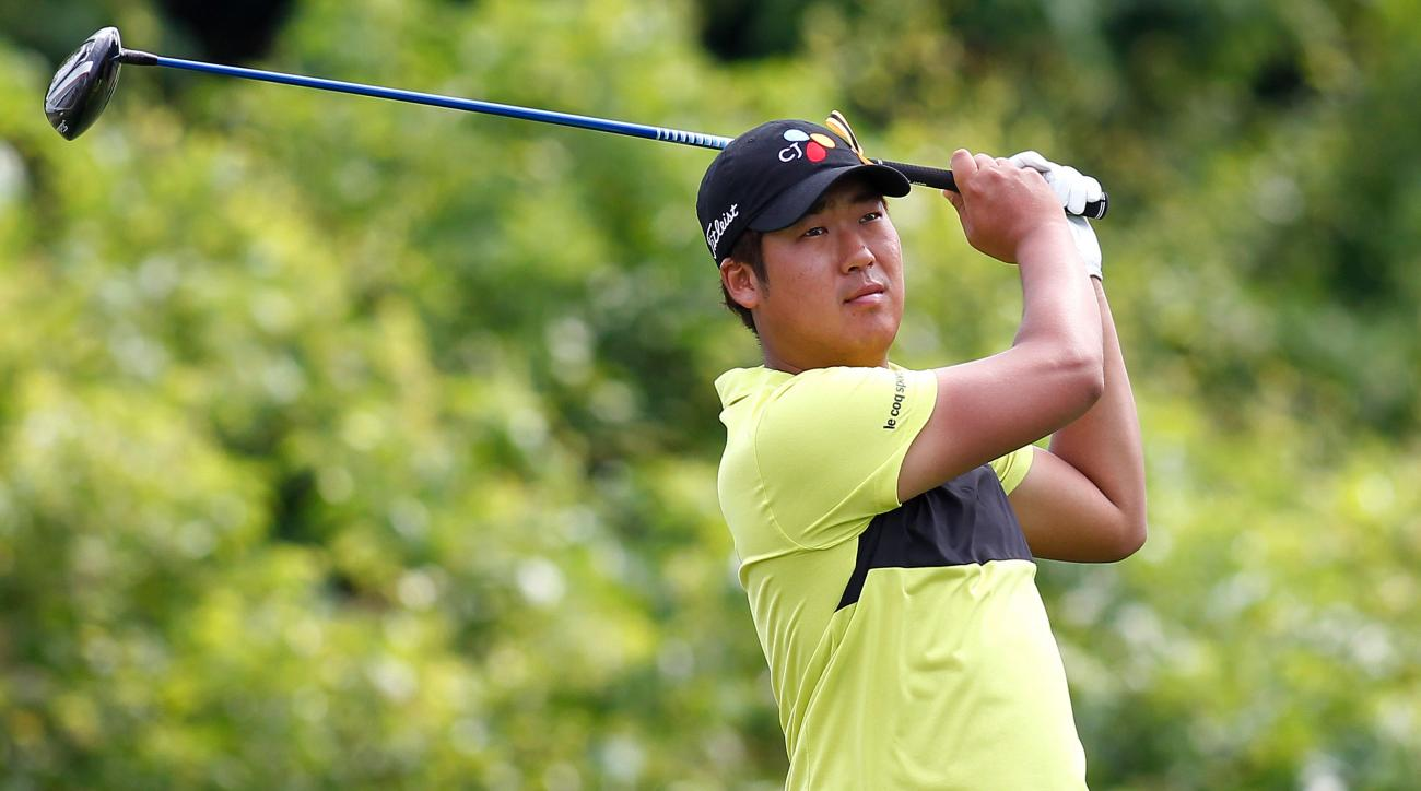 D.H. Lee of South Korea tees off on the 2nd hole during the third round of the PGA Zurich Classic golf tournament at TPC Louisiana in Avondale, La., Saturday, April 26, 2014. (AP Photo/Jonathan Bachman)