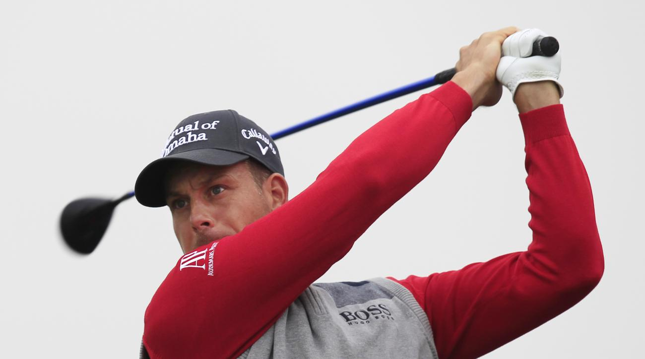Henrik Stenson of Sweden tees off on the 9th hole during the second round of the BMW Masters golf tournament at the Lake Malaren Golf Club in Shanghai, China Friday, Nov. 13, 2015. (AP Photo)
