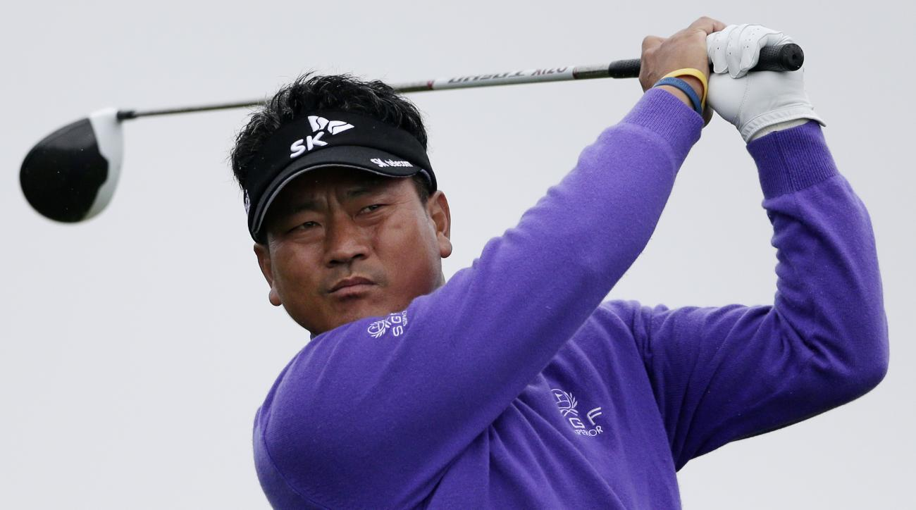 K.J. Choi watches his tee shot on the second hole during the final round of the Farmers Insurance Open golf tournament Sunday, Jan. 31, 2016, in San Diego. (AP Photo/Gregory Bull)