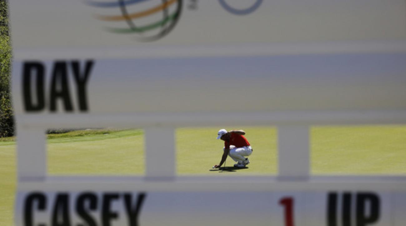 Jason Day, of Australia, lines up his putt on the second green during round-robin play against Paul Casey at the Dell Match Play Championship golf tournament at Austin County Club, Friday, March 25, 2016, in Austin, Texas. (AP Photo/Eric Gay)