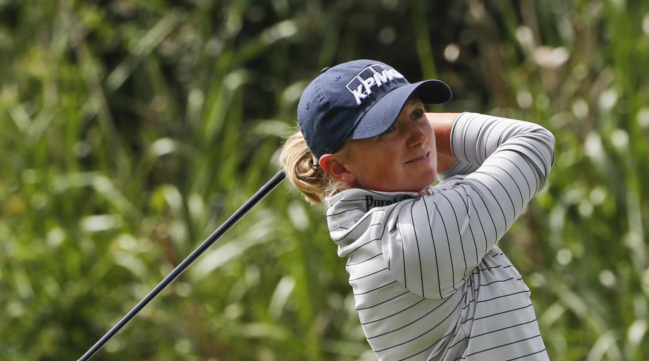Stacey Lewis hits her tee shot on the par three third hole during the final round of the Kia Classic women's golf tournament Sunday, March 27, 2016, in Carlsbad, Calif. (AP Photo/Lenny Ignelzi)