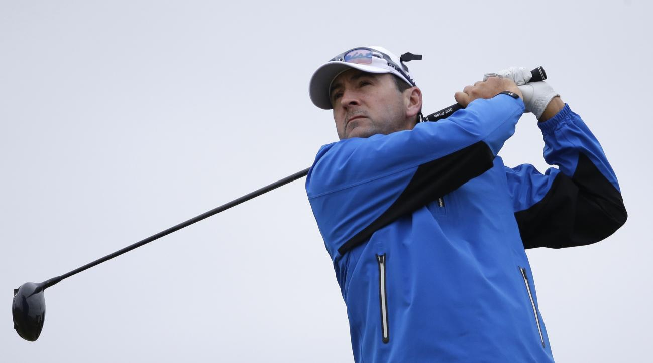 Ben Curtis of the United States plays his tee shot from the 4th during the second round of the British Open Golf Championship at the Royal Troon Golf Club in Troon, Scotland, Friday, July 15, 2016. (AP Photo/Matt Dunham)