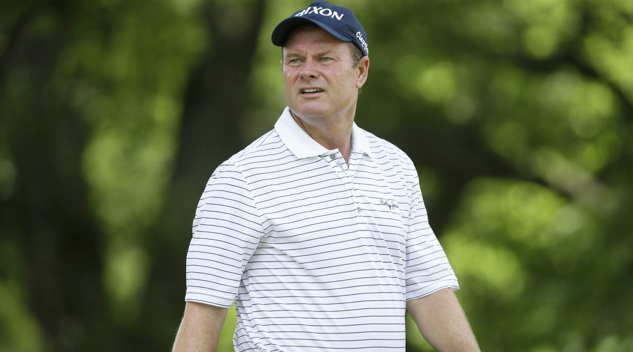 Joe Durant watches his shot off the third tee during the final round of the Champions Tour's Principal Charity Classic golf tournament, Sunday, June 7, 2015, in Des Moines, Iowa. (AP Photo/Charlie Neibergall)