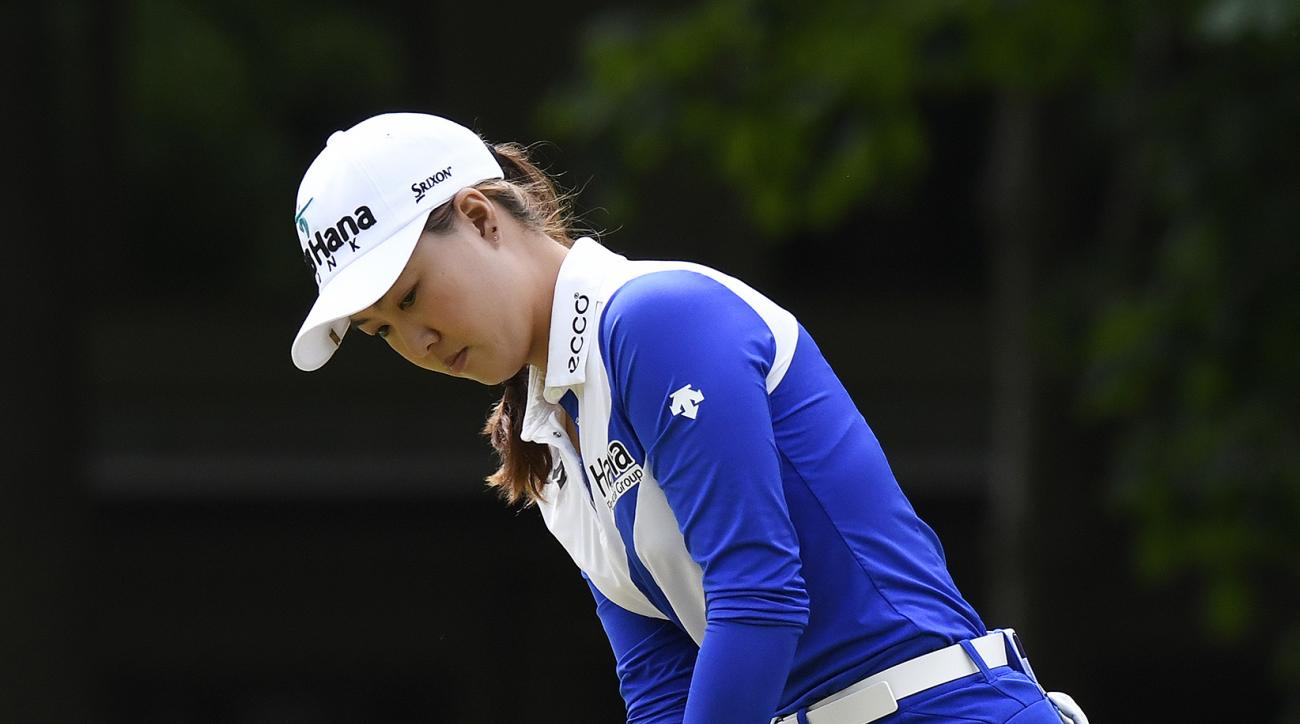 Minjee Lee of Australia putts on the sixth green during the final round of the LPGA Volvik Championship golf tournament at the Travis Pointe Country Club, Sunday, May 28, 2017 in Ann Arbor, Mich. (AP Photo/Jose Juarez)