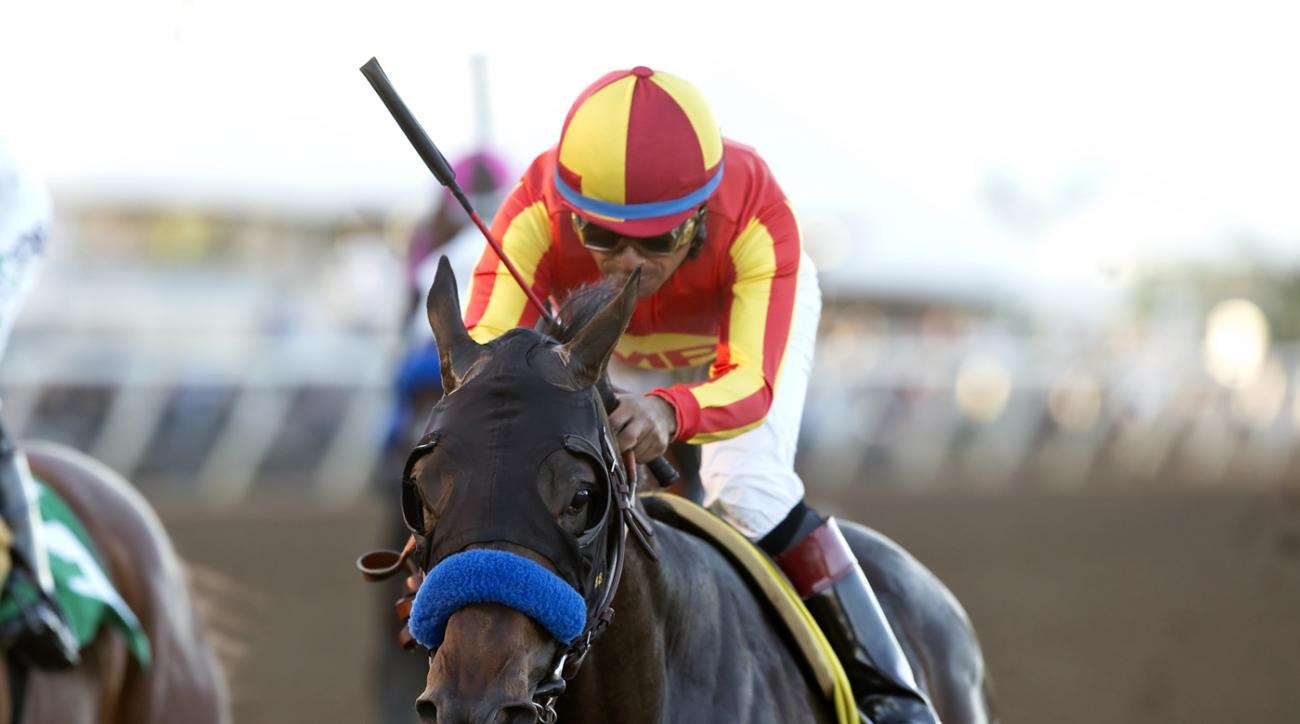 In this photo provided by Benoit Photo, Toews On Ice and jockey Martin Garcia win the Grade III $100,000 Bob Hope Stakes, Saturday, Nov. 14, 2015 at the Del Mar Thoroughbred Club, Del Mar, Calif. (Benoit Photo via AP)