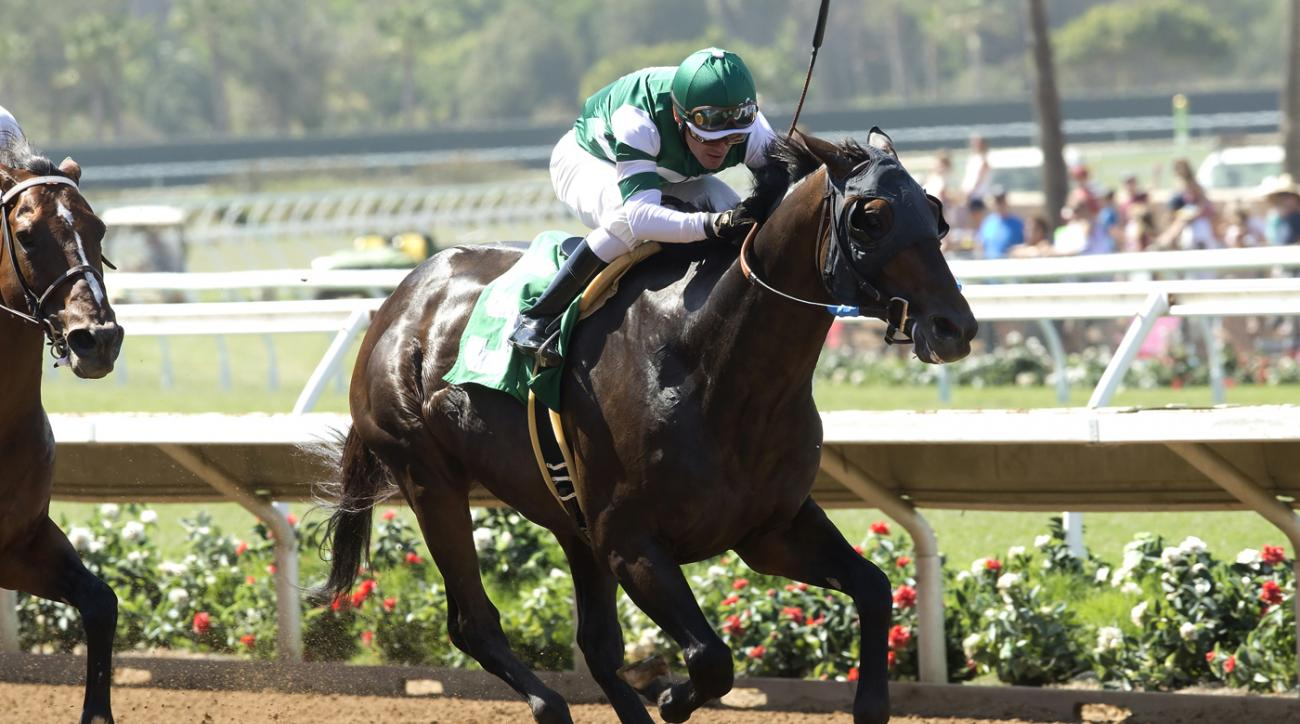 In a photo provided by Benoit Photo, Hard Aces and jockey Santiago Gonzalez win the Grade III, $100,000 Cougar II Handicap horse race Sunday, July 24, 2016, at Del Mar Thoroughbred Club in Del Mar, Calif. (Benoit Photo via AP)