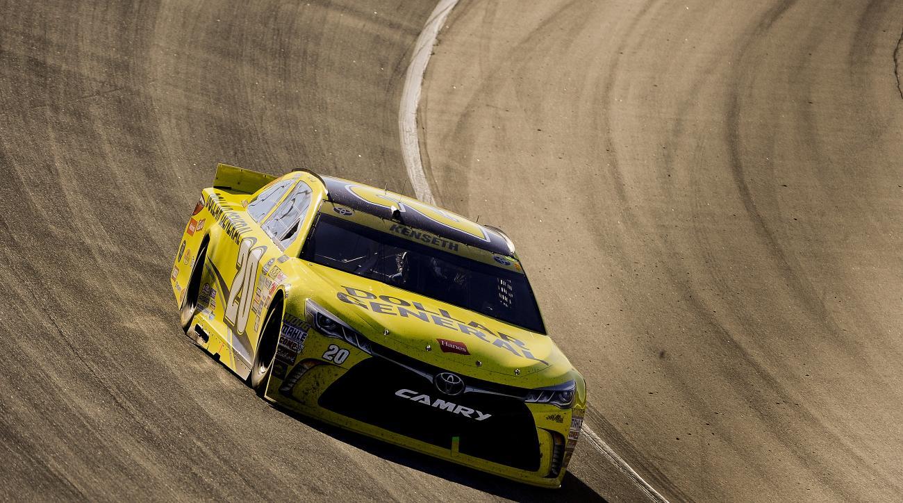 Matt Kenseth drives his car during the NASCAR Sprint Cup Series auto race at Chicagoland Speedway, Sunday, Sept. 20, 2015, in Joliet, Ill. (AP Photo/Matt Marton)