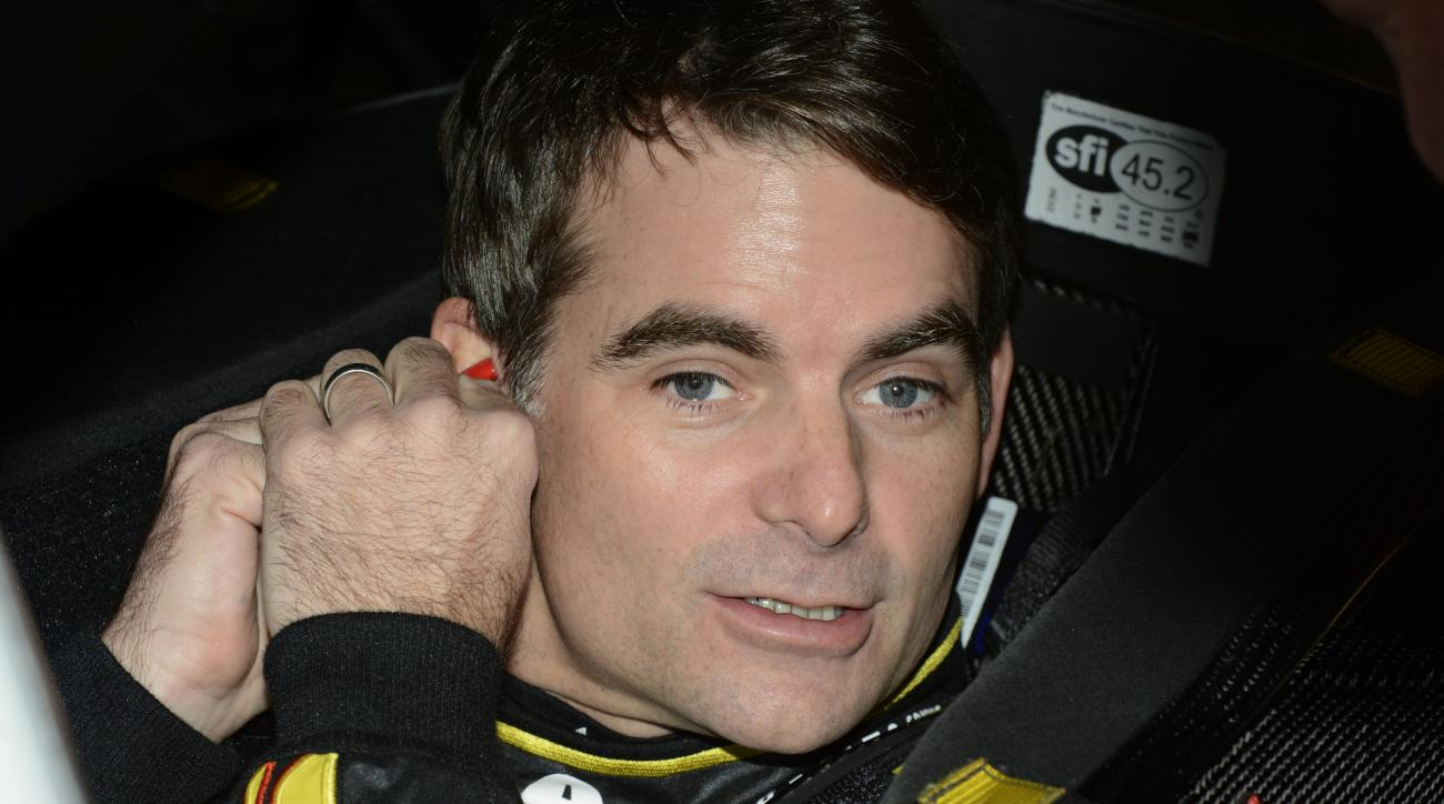 Jeff Gordon prepares to start NASCAR Sprint Cup auto racing practice at Texas Motor Speedway Friday, Nov. 6, 2015, in Fort Worth, Texas. (AP Photo/Larry Papke)