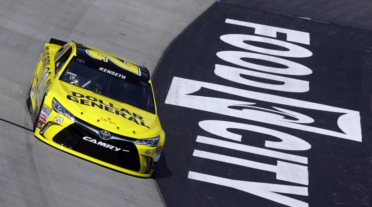 Matt Kenseth makes his way around the track during practice for a NASCAR auto race, Friday, April 15, 2016 in Bristol, Tenn. (AP Photo/Wade Payne)
