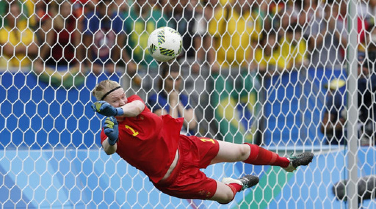 Sweden goalkeeper Hedvig Lindahl makes a save on a penalty shootout kick by Brazil's Andressa during a semi-final match of the women's Olympic football tournament between Brazil and Sweden at the Maracana stadium in Rio de Janeiro Aug. 16, 2016. Sweden qu