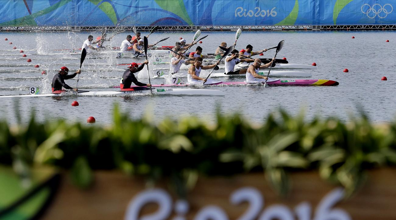 Competitors paddles during the men's kayak double 200m final during the 2016 Summer Olympics in Rio de Janeiro, Brazil, Thursday, Aug. 18, 2016. (AP Photo/Matt York)
