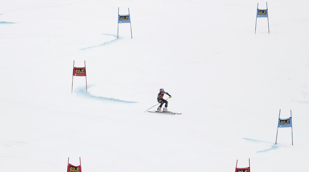 Tessa Worley, of France, competes during the first run in the women's World Cup giant slalom competition Friday, March 10, 2017, in Olympic Valley, Calif. (AP Photo/Marcio Jose Sanchez)