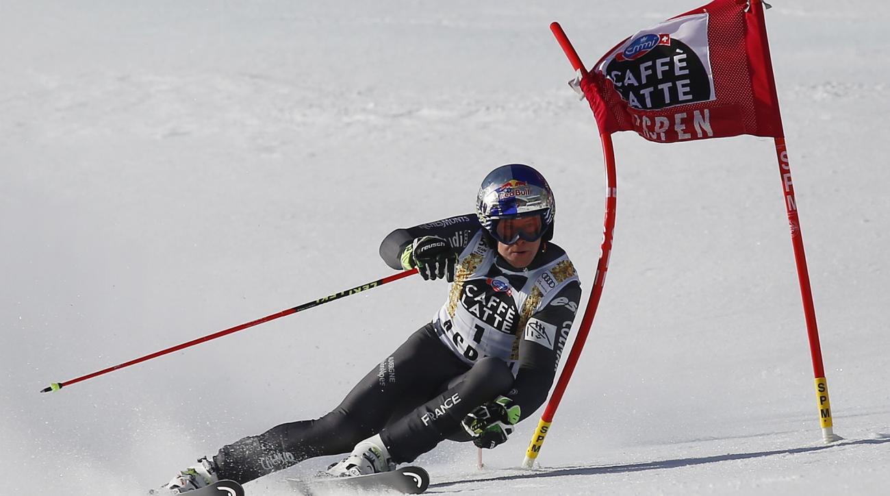 France's Alexis Pinturault skis during the first run of a men's World Cup giant slalom ski race Saturday, March 18, 2017, in Aspen, Colo. (AP Photo/Nathan Bilow)