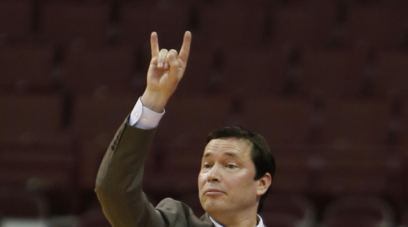 Ohio State head coach Kevin McGuff signals to his team during the first half of an NCAA college basketball game against North Carolina A&T Sunday, Dec. 13, 2015, in Columbus, Ohio. (AP Photo/Jay LaPrete)