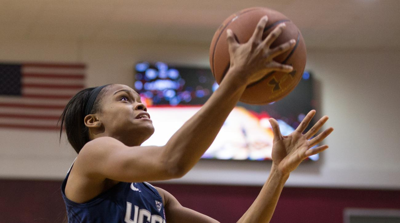 Connecticut's Moriah Jefferson (4) goes up for the shot during the second half of an NCAA basketball game against Temple, Sunday, Feb. 14, 2016, in Philadelphia. Connecticut won 85-60. (AP Photo/Chris Szagola)
