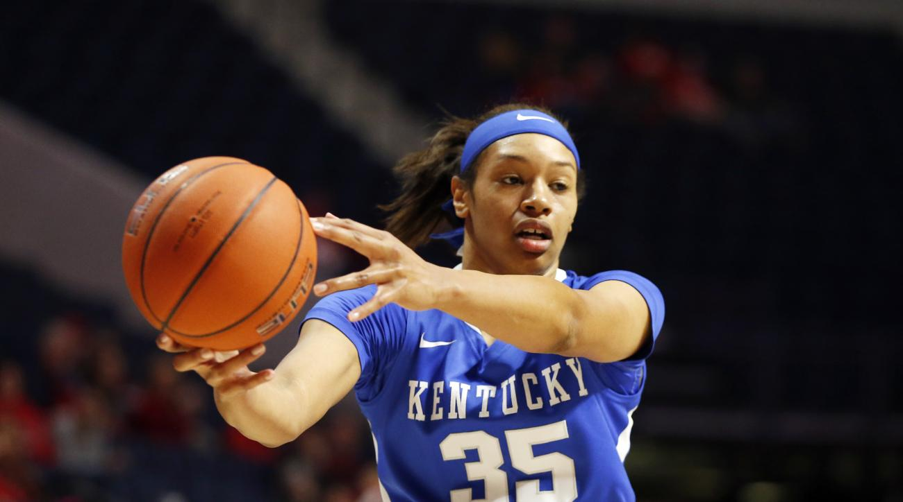 Kentucky forward Alexis Jennings (35) looks for a teammate to pass off to in the first half of an NCAA college basketball game in Oxford, Miss., Thursday, Jan. 21, 2016. Mississippi won 73-65. (AP Photo/Rogelio V. Solis)