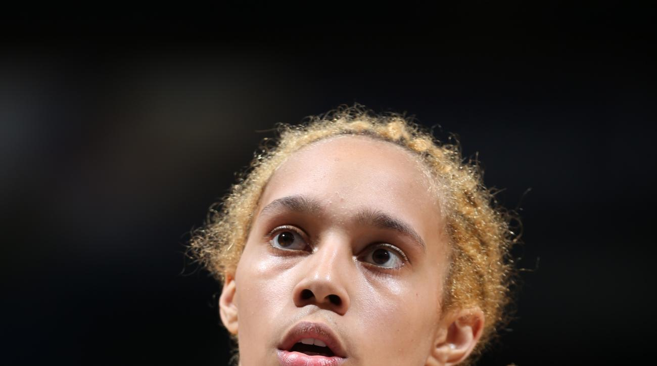 MINNEAPOLIS, MN  - JUNE 27: Brittney Griner #42 of the Phoenix Mercury prepares to shoot a free throw against the Minnesota Lynx at the Target Center on June 27, 2015 in Minneapolis, MN. (Photo by David Sherman/NBAE via Getty Images)