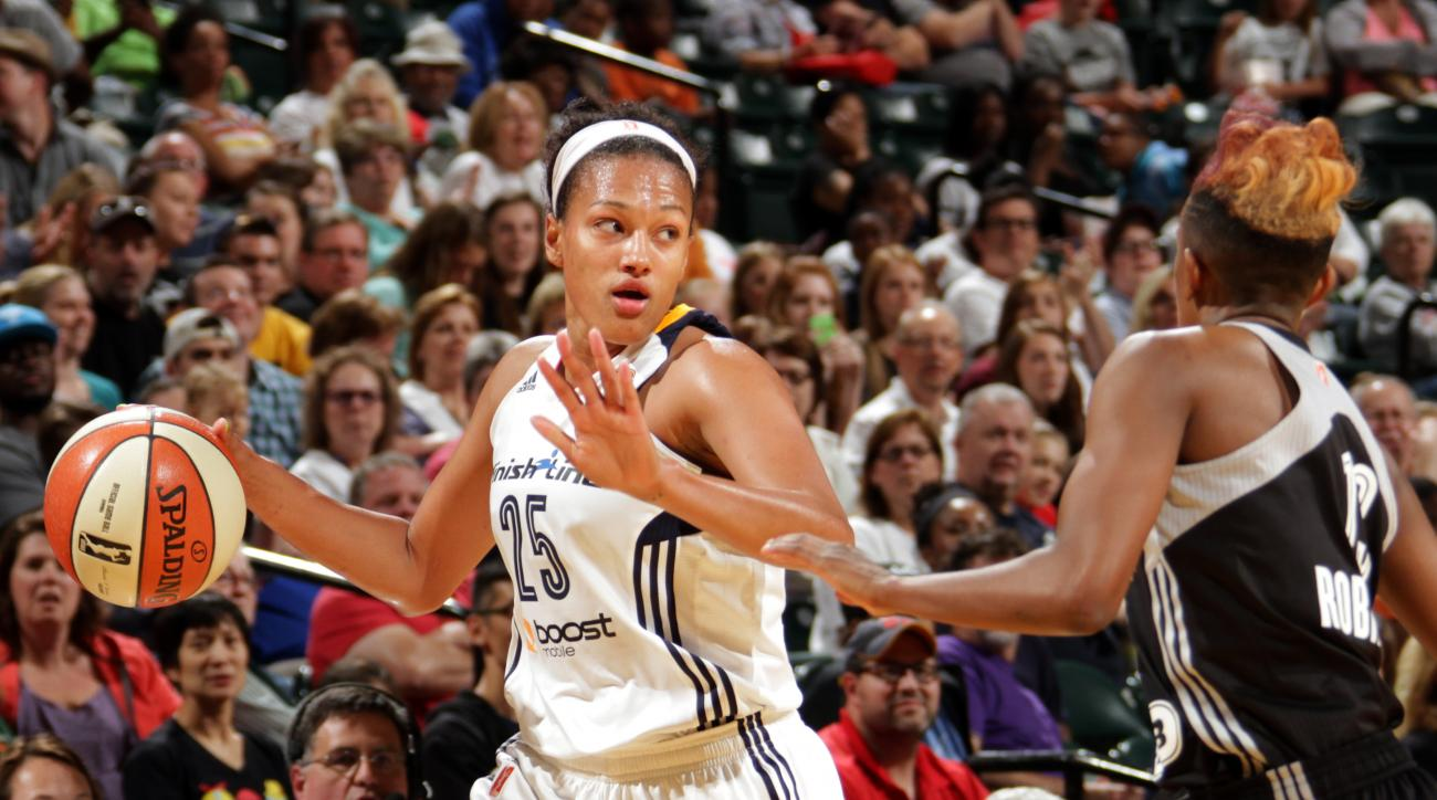 INDIANAPOLIS - JULY 10: Marissa Coleman #25 of the Indiana Fever handles the ball against the San Antonio Stars at Bankers Life Fieldhouse on July 10, 2015 in Indianapolis, Indiana.  (Photo by Ron Hoskins/NBAE via Getty Images)