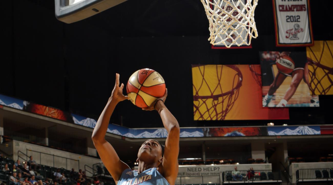 INDIANAPOLIS - AUGUST 28: Tiffany Hayes #15 of the Atlanta Dream shoots the ball against the Indiana Fever on August 28, 2015 in Indianapolis, Indiana.  (Photo by Ron Hoskins/NBAE via Getty Images)