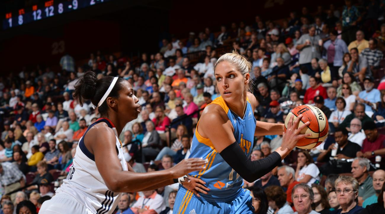 UNCASVILLE, CT - SEPTEMBER 13: Elena Delle Donne #11 of the Chicago Sky handles the ball against the Connecticut Sun on September 13, 2015 at the Mohegan Sun Arena in Uncasville, Connecticut. (Photo by David Dow/NBAE via Getty Images)