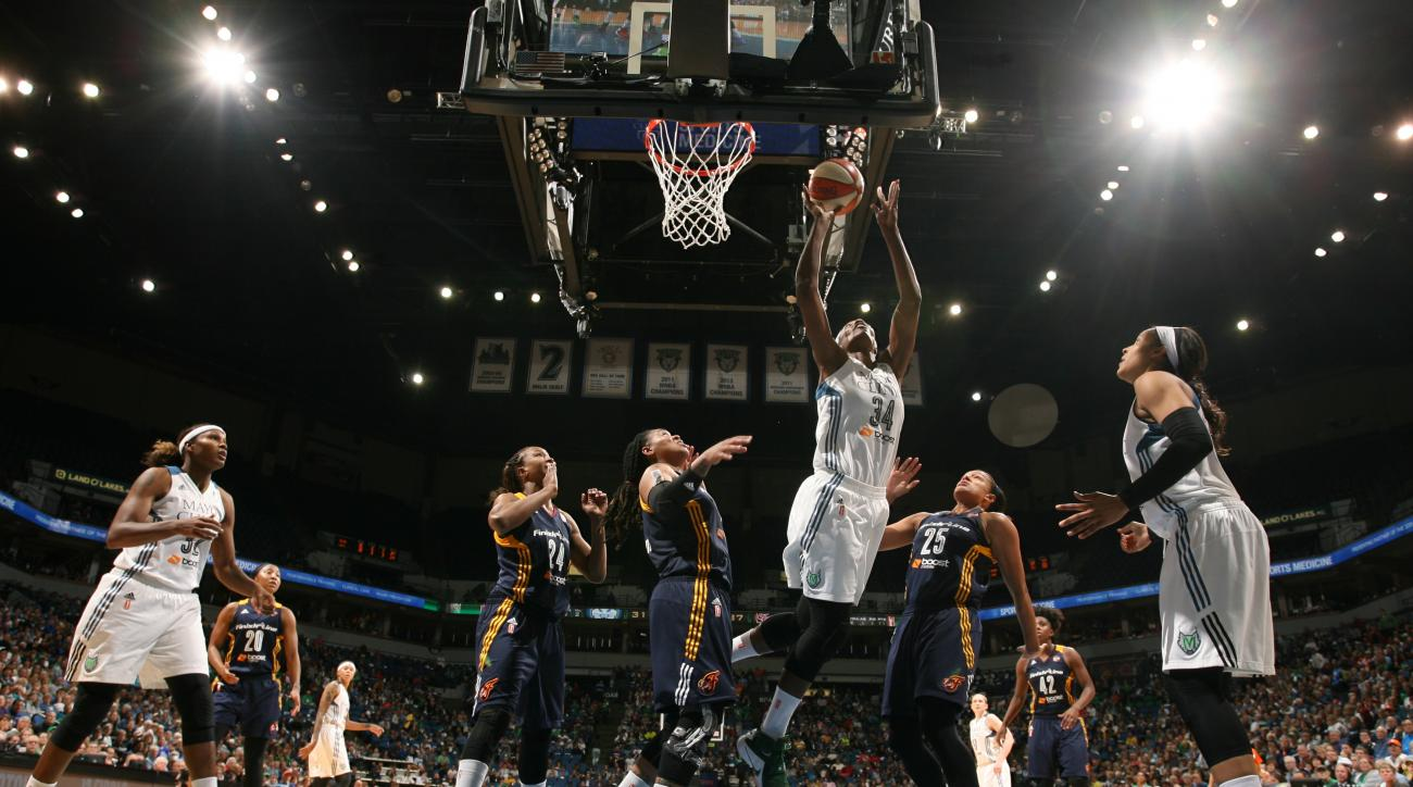 MINNEAPOLIS, MN - OCTOBER 4:  Sylvia Fowles #34 of the Minnesota Lynx shoots the ball against the Indiana Fever during Game 1 of the 2015 WNBA Finals on October 4, 2015 at Target Center in Minneapolis, Minnesota.  (Photo by David Sherman/NBAE via Getty Im