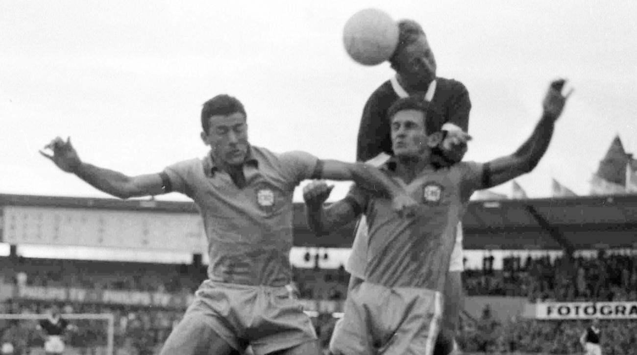 A study of deceased Brazilian soccer star Bellini's brain found the footballer had CTE.