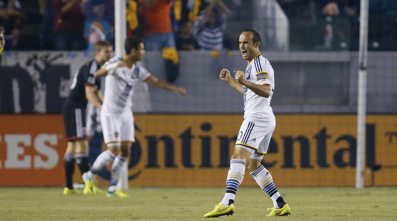 LA Galaxy midfielder Landon Donovan broke MLS all-time assist record Saturday.