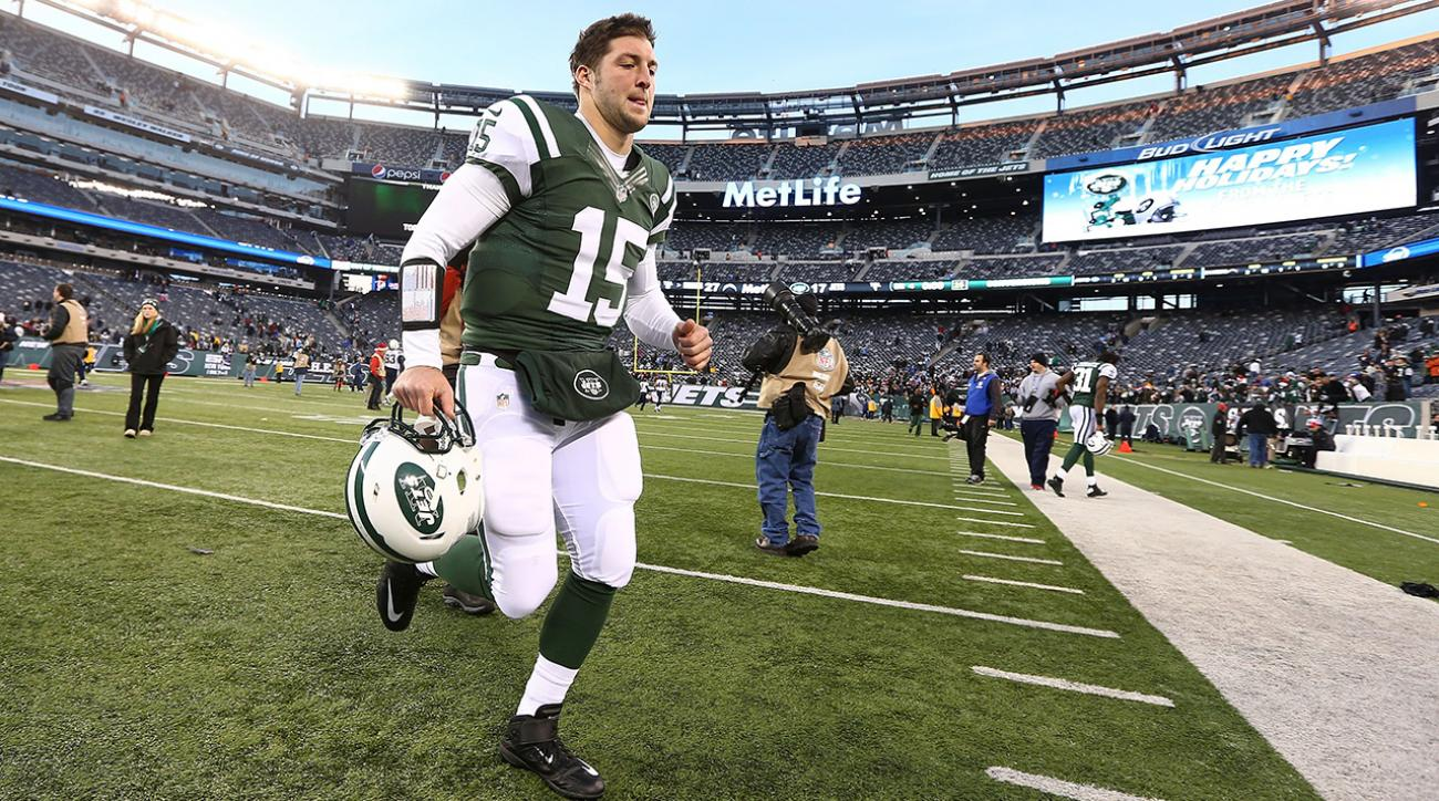 After a rough game for New York Jets QBs Geno Smith and Michael Vick, the NY Daily News calls for Tim Tebow to return.