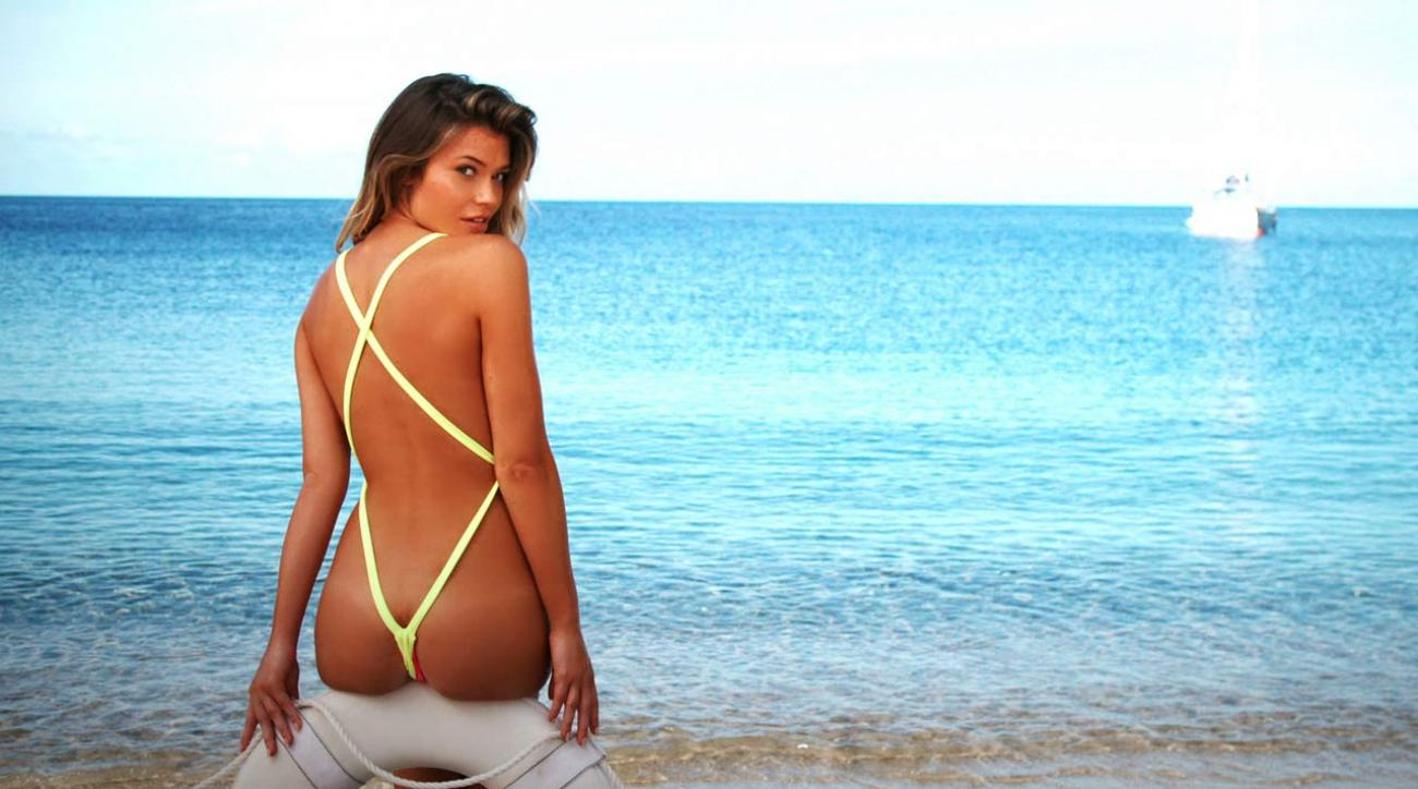 SI Swimsuit rookie Samantha Hoopes' Outtakes