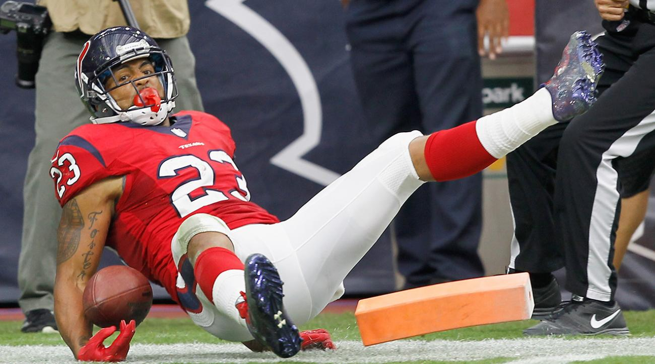 Texans running back Arian Foster leaves game with groin injury