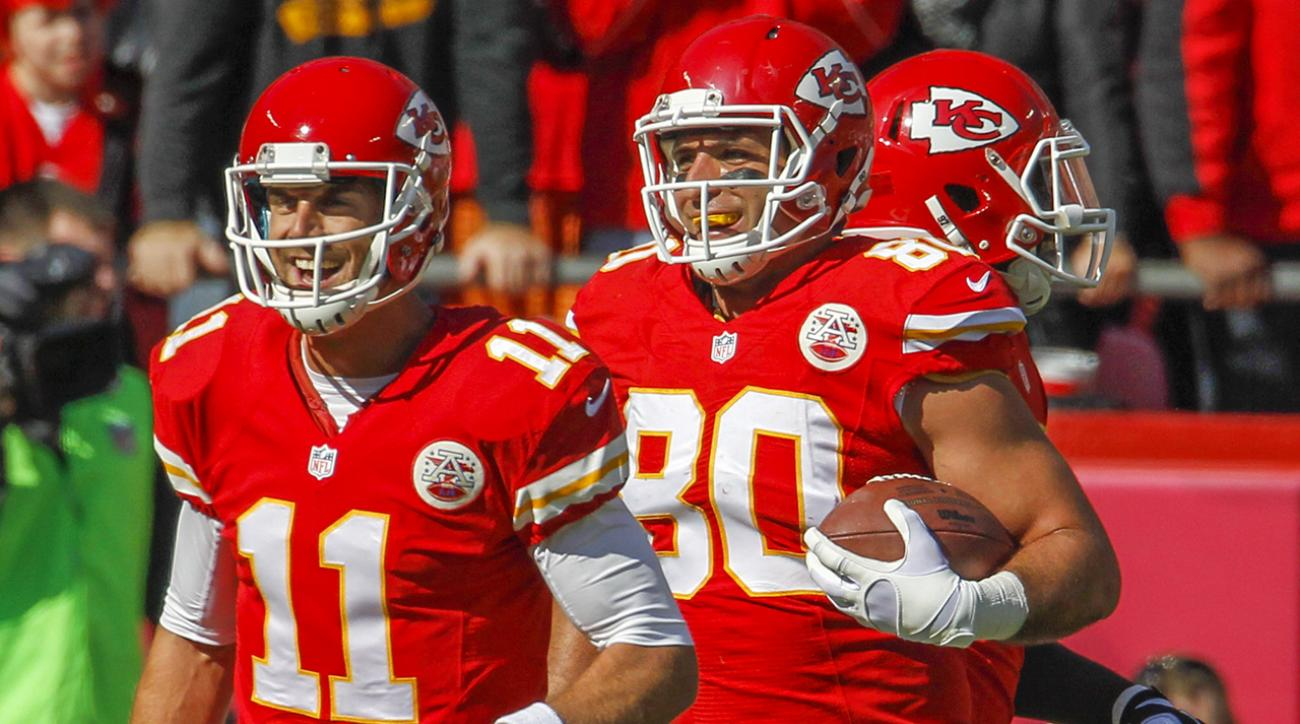 """Chiefs tight end Anthony Fasano catches """"butt TD"""" versus Jets"""