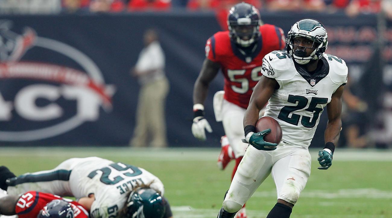 Eagles LeSean McCoy criticizes Texans field