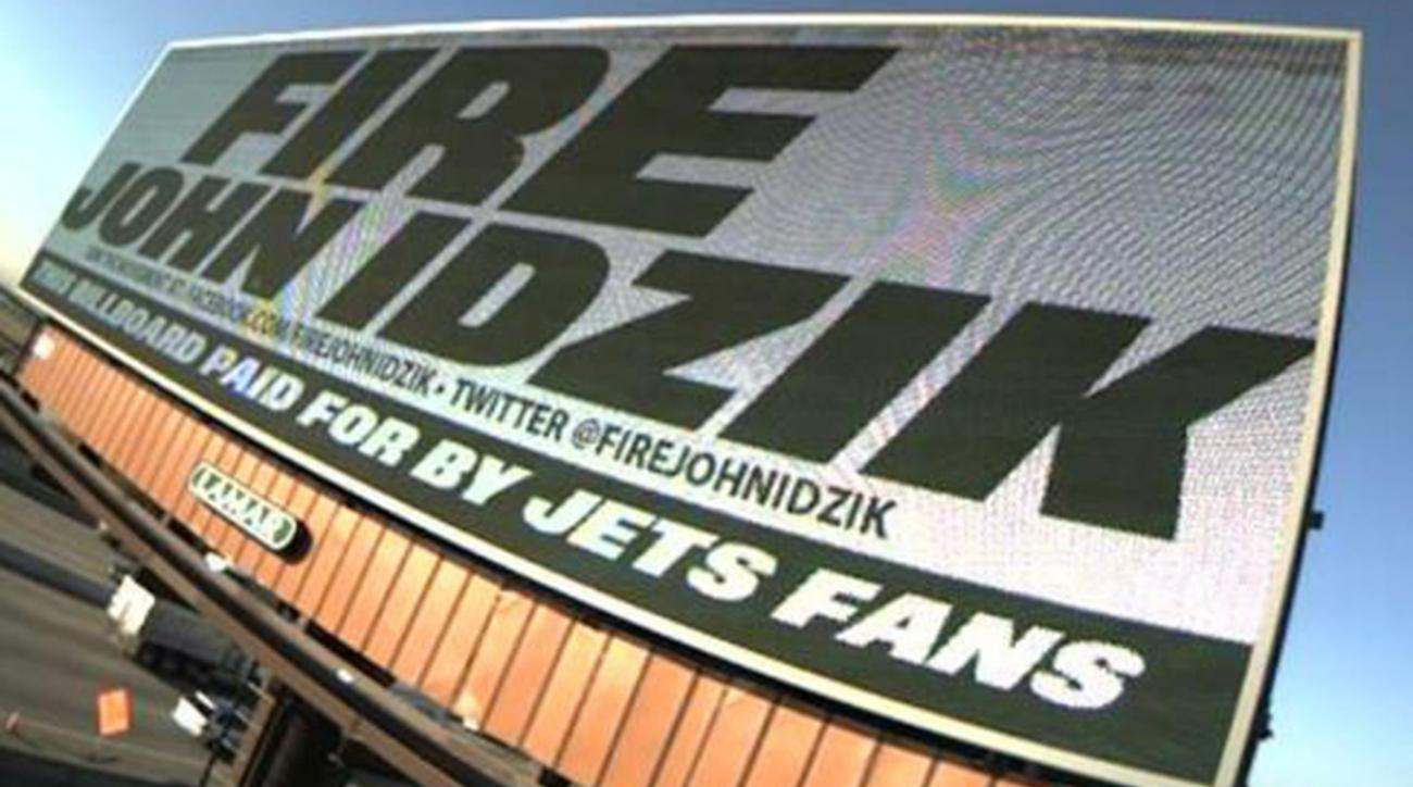 Jets fans put up 'Fire John Idzik' billboards in New Jersey