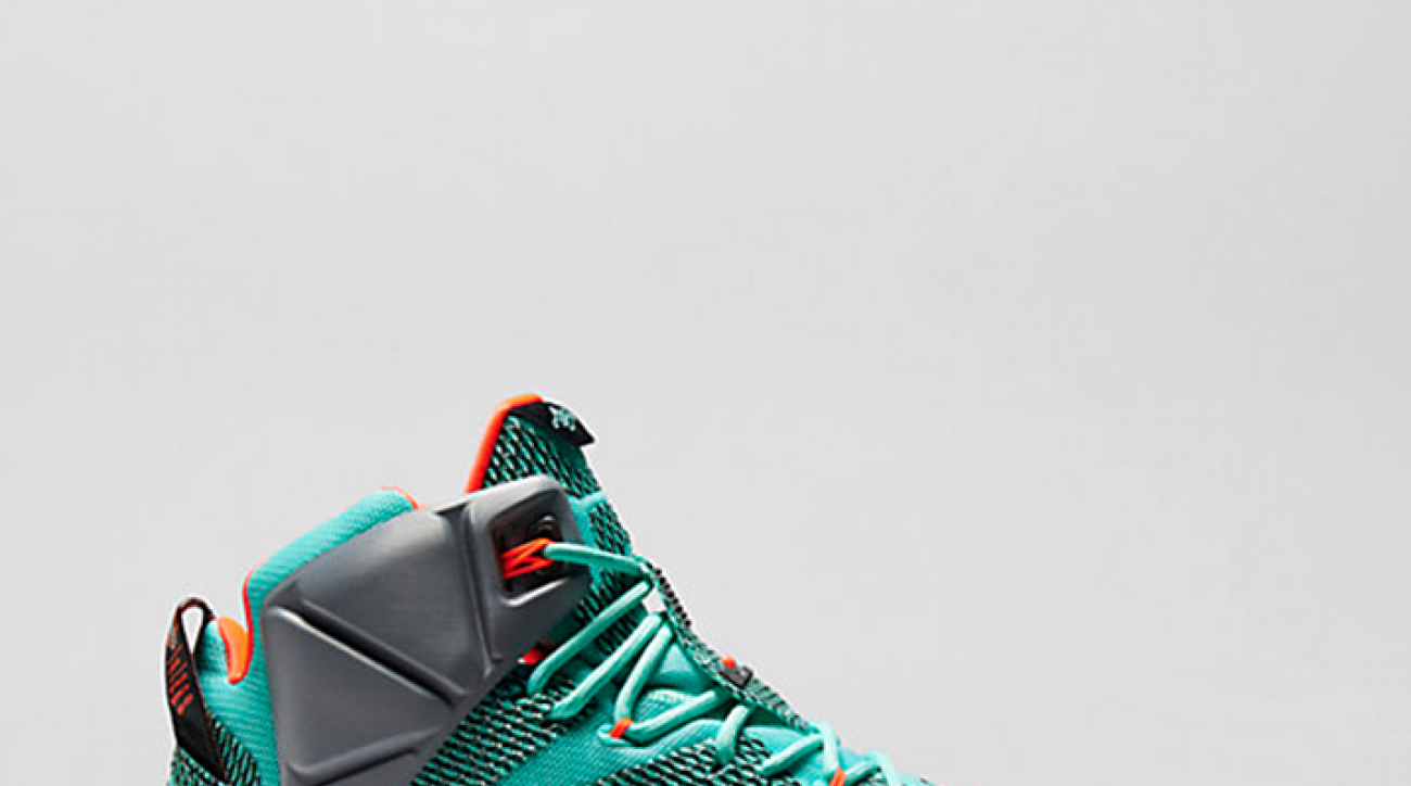 Police arrest man with 7,500 pairs of stolen LeBron 12's