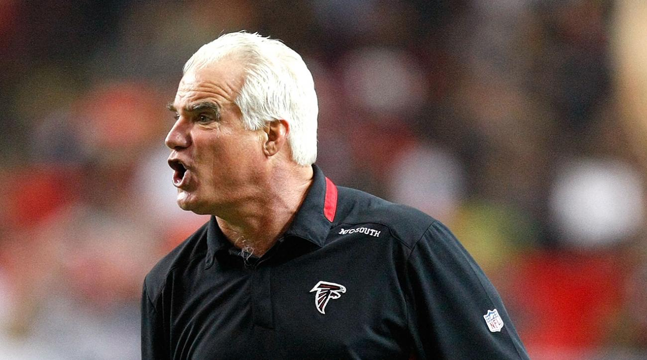 Falcons fire head coach Mike Smith