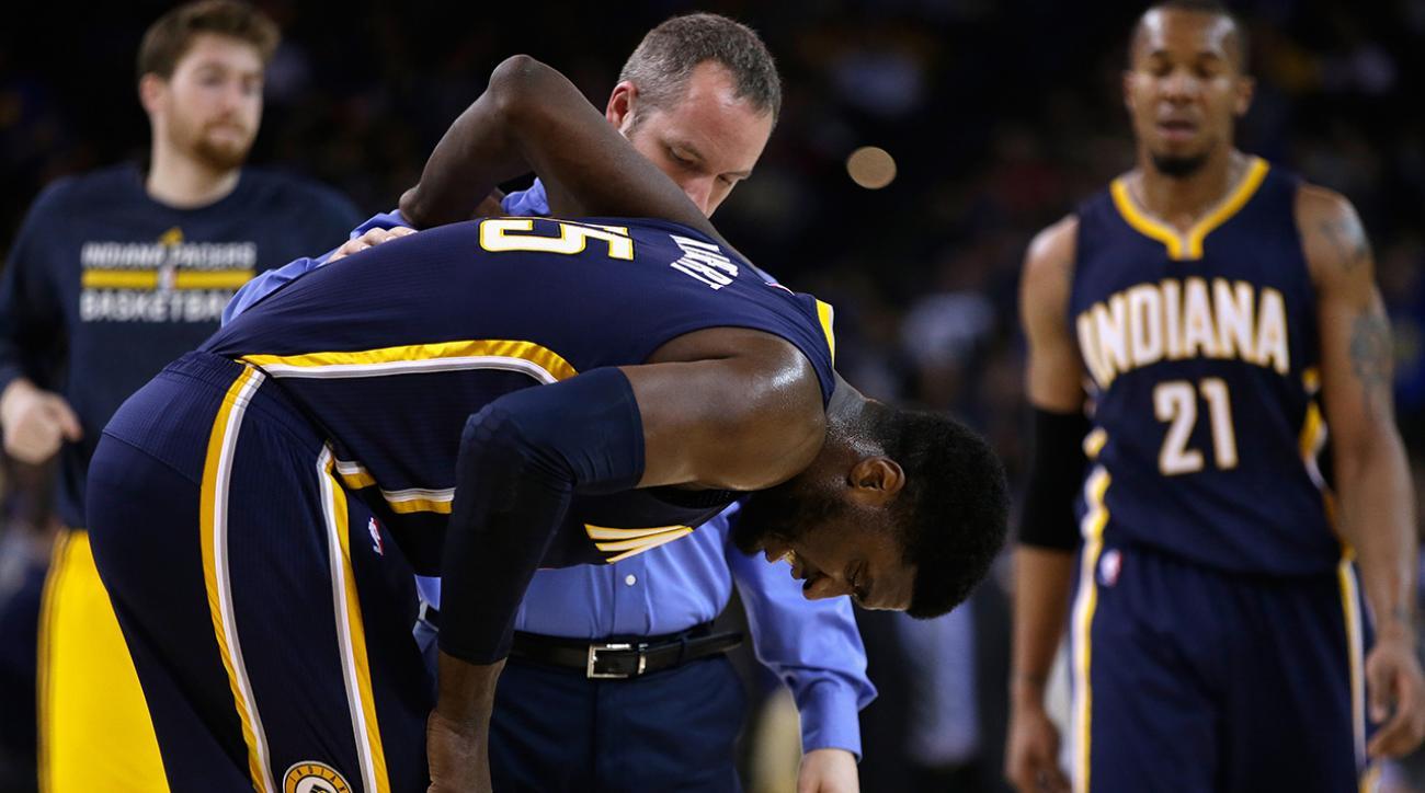 Roy Hibbert sprains ankle against the Warriors
